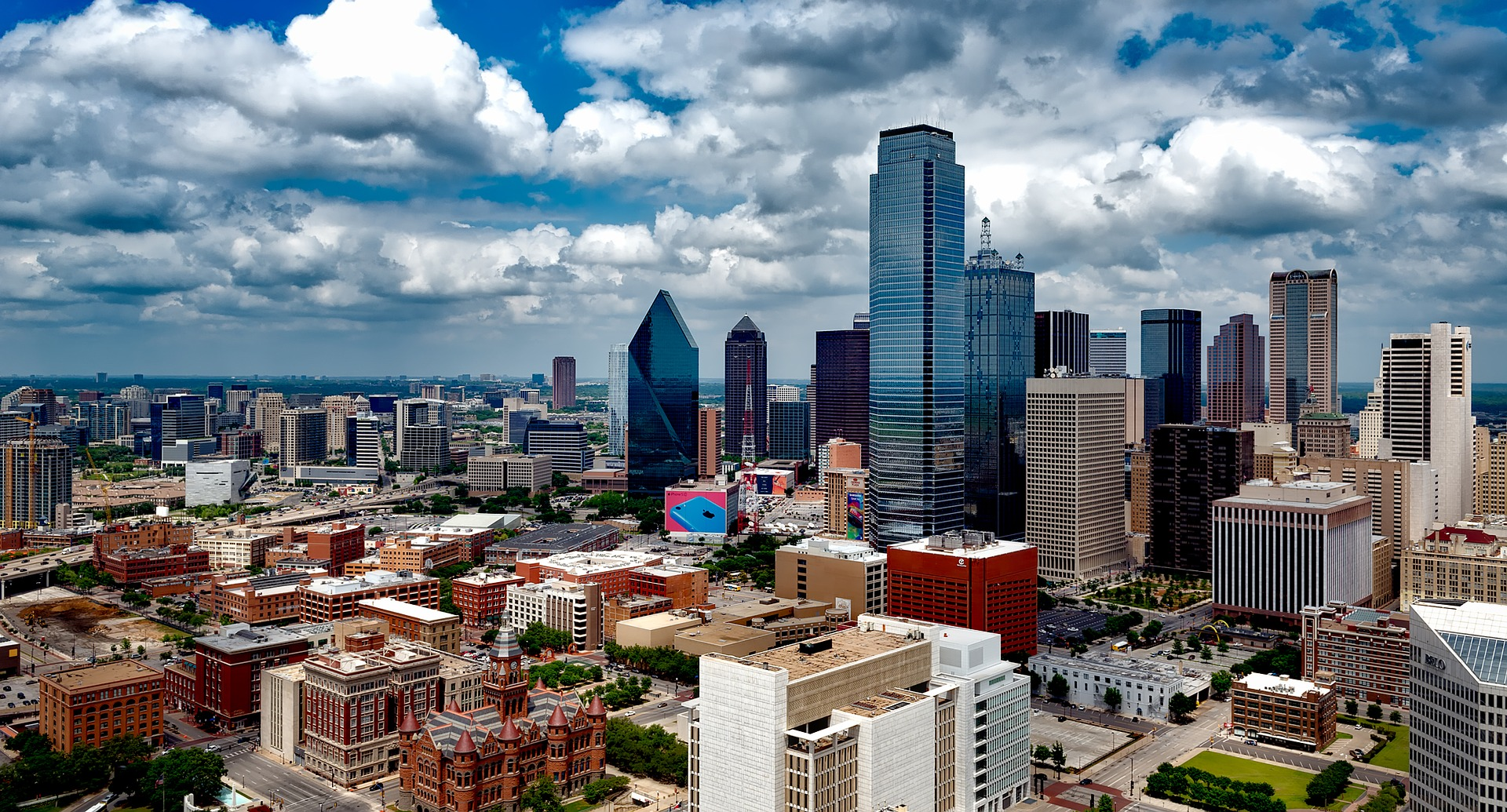 Texas Opened Its Eviction Courts – Why You Should Pay For a Lawyer to Go to Court With You