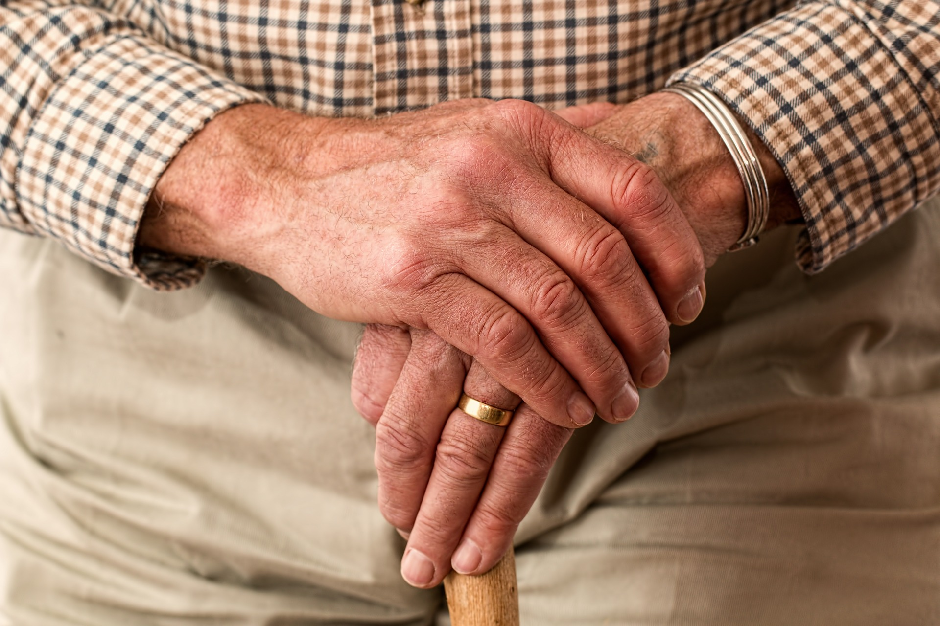 Your parents need a will. How to convince them it's time.
