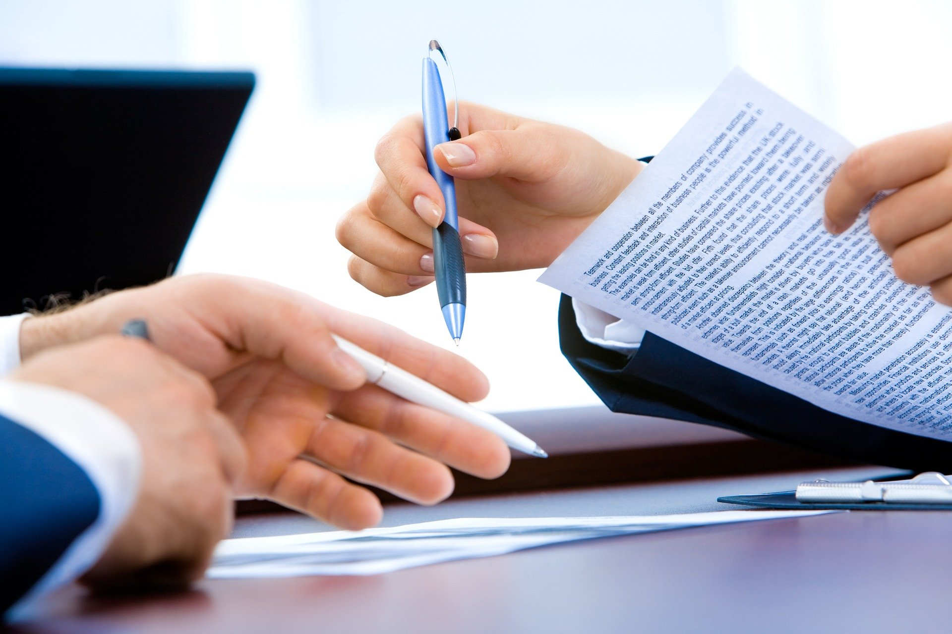 What Happens If You Want to Back Out of a Business Contract You Signed with a Client?