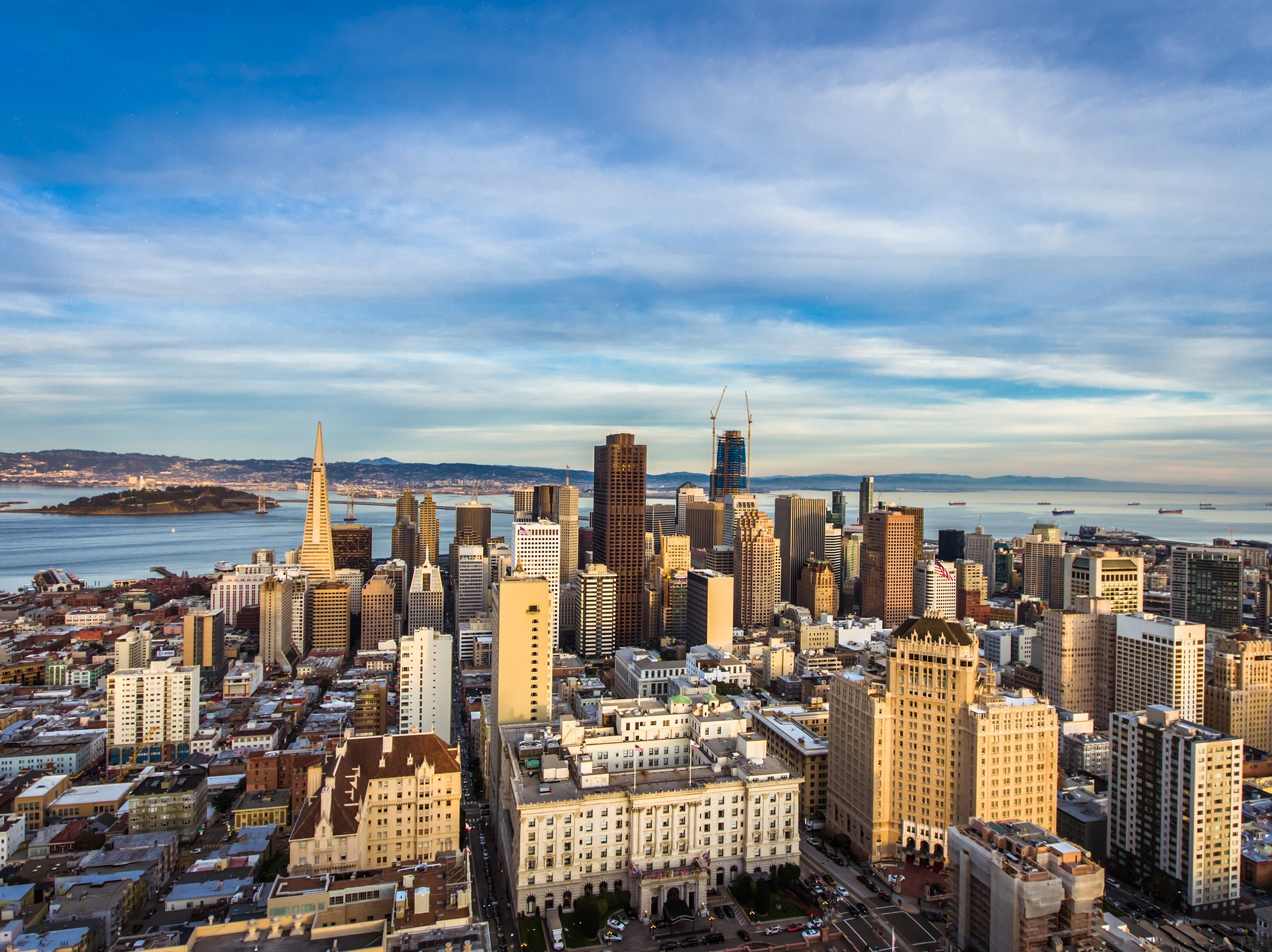 Why Entrepreneurs in California Need a Lawyer